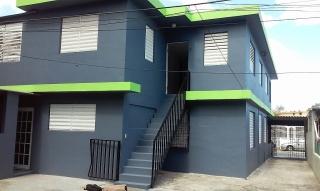Apartamento con estacionamiento privado y terraza