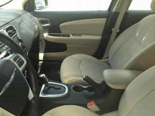 Chrysler 200 2012  787-701-5030