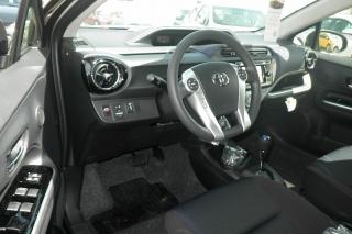 Toyota Prius C Four Negro 2015