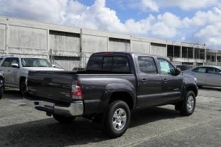 Toyota Tacoma Prerunner Gris Oscuro 2015