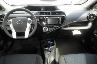 Toyota Prius C Four Verde 2015