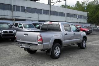 Toyota Tacoma Prerunner Plateado 2015