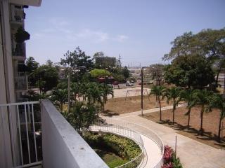 Condominio Intersuites-Frente al Aeropuerto