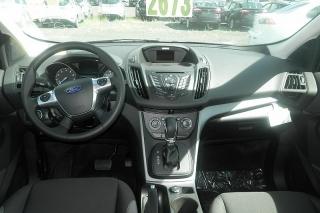 Ford Escape S Gris 2015