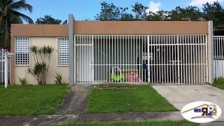 Urb. Parque Del Monte