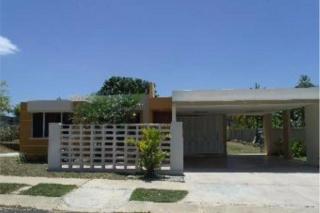 Urb  LOS PRADOS 3/2 HUD hasta 3% BONO /FHA