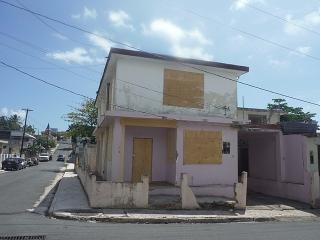 15-0102 En Barriada Obrera in Fajardo, P.R