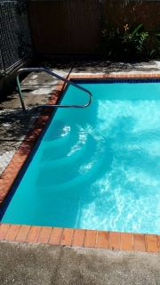 JOSE NIEVES POOL CLEANING SERVICES
