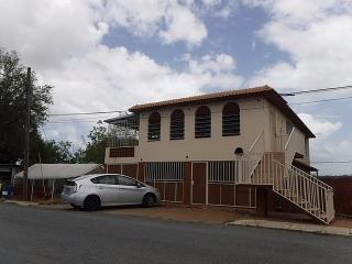15-0030 En Urb. Cerro Gordo, Bayamon, PR