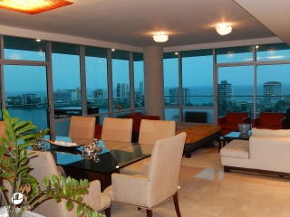 Luxury and Glittering Views at Cosmopolitan