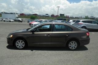 Volkswagen Jetta Sedan S Marron 2012