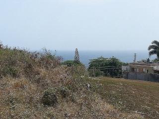 Apartamento amueblado cerca Playa Mar Chiquita en Manati