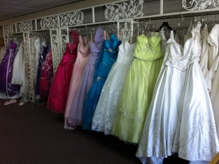 trajes para novias y quinceañeras
