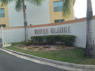 Cond. River Glance, Bello Penthouse