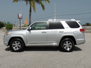 TOYOTA 4RUNNER SR-5 2010 SR.COLON 787-649-0586
