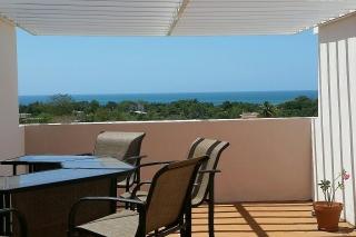 Bello Penthouse con Vista al Mar!