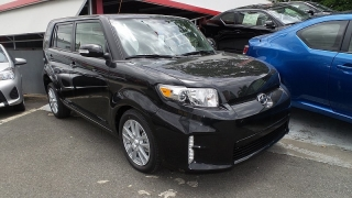 Scion Xb Negro 2015