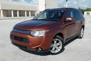 MITSUBISHI OUTLANDER GRAND TOURIN SUPER ALL WHEEL CONTRL 2014 !WOW! ESPECTACULAR!