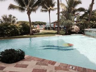 Apartamento para alquilar en la mejor playa de Rincon!!
