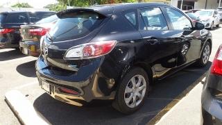 Mazda Mazda3 I Touring Negro 2013