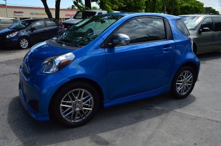 Scion Iq Blue 2012
