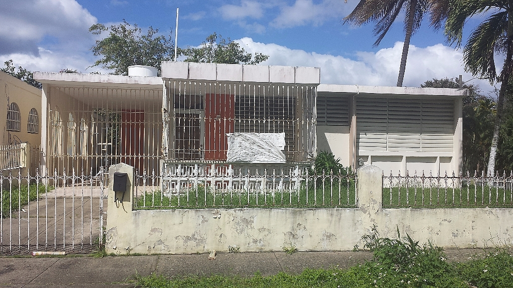Urb Alturas De Villa Del Rey Bienes Ra Ces