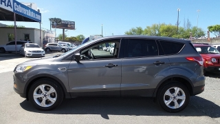Ford Escape S Gris Oscuro 2014