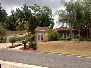 BELLA Casa en Qtas San Luis-Caguas  $160k..!!!!!!