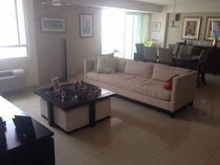 Metro Plaza • 2 beds • 2 prkgs • Rent or Sale!