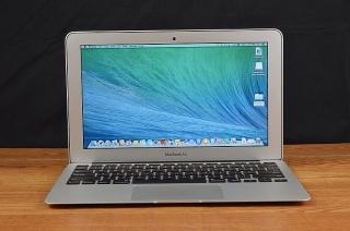 macbook air 13in - $600