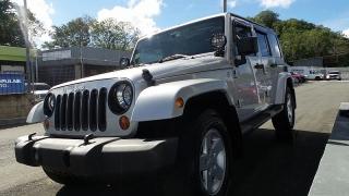 Jeep Wrangler Unlimited Sport Plateado 2010