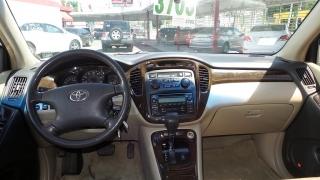 Toyota Highlander Base Dorado 2002