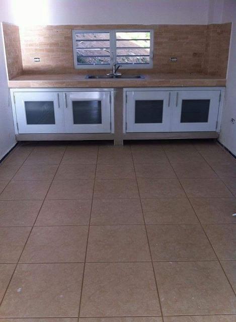 Puertas De Baño En Cristal Puerto Rico:Puertas de gabinetes en aluminio y cristal para Compra/Venta en Caguas