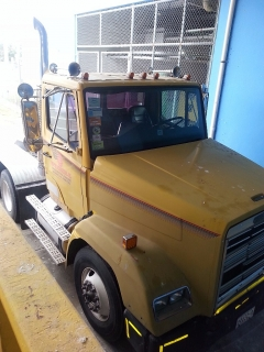 truck Freightliner 1988 , 6 cilin  mode 999 mch