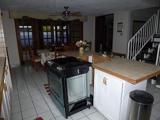17-0079 En Encantada, Bosque del Lago, Trujillo Alto, PR