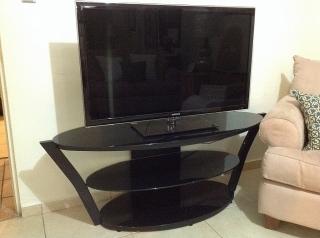 Mesa para TV en cristal