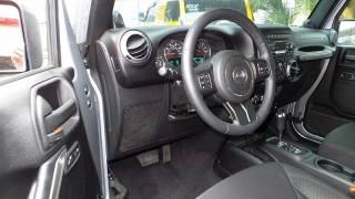 Jeep Wrangler Unlimited Sport Plateado 2014