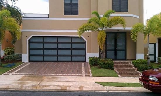 Puertas De Baño En Cristal Puerto Rico:Puerta de Garaje y Entrada en Cristal / Entrada en Lozas para Compra