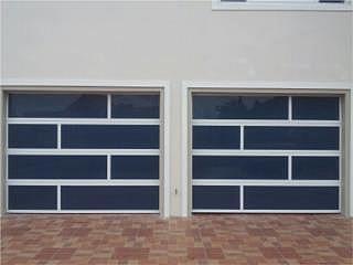 Porton / Puerta de Garaje / Puerto Rico Garage Doors Inc.