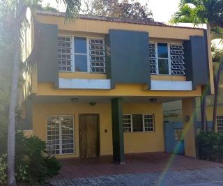 Casa Villa Las Américas, 4 cuartos, 2.5 baños