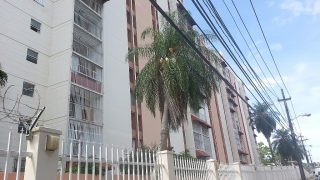 (DS) GUAYNABO Cond. Los Frailes Gardens Apt. F-1 $50,000