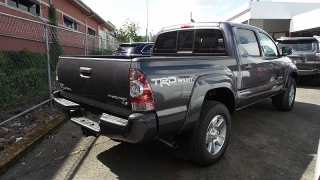 Toyota Tacoma Prerunner Gris Oscuro 2015