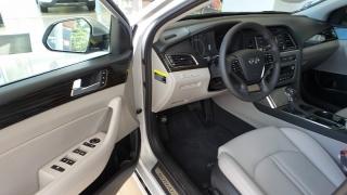 Hyundai Sonata Hybrid Limited Silvery 2016