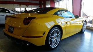 Ferrari California Yellow 2016