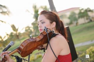 Violín, Guitarra y Voz