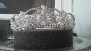 corona  o tiara