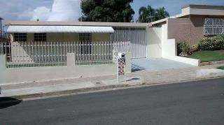 Casa renovada,urb.bien accesible