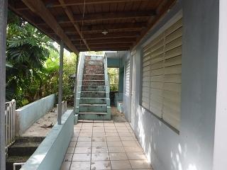 15-0288 Propiedad ubicada en la Urb. Jimenez Rosa  en Caguas, PR.