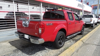 Nissan Frontier Se Rojo 2006