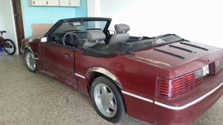 Se vende Ford Mustang 1987